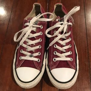 Converse sneakers. Men's 7 and Women's 9